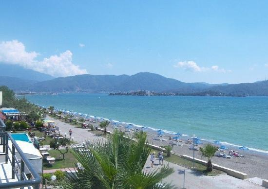 Calis beach promanade